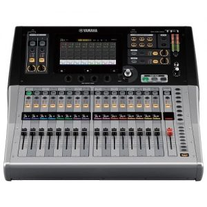Yamaha Tf1 console